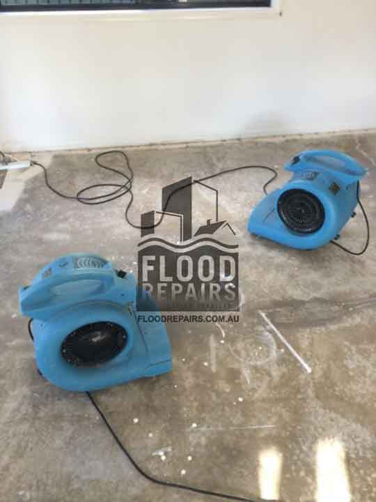 Playford flood job floor clean equipment